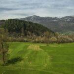 La collina di origine glaciale a Demonte, Valle Stura